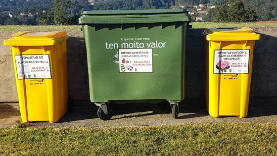 O Concello insta aos veciños a reciclar os desfeitos no cemiterio de Mañó