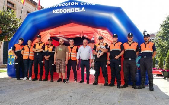 A Policía Local de Redondela estima que 25.000 persoas participaron no 'XXII Entroido de Verán'