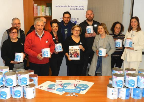 Unha campaña solidaria coa participación conxunta de comercio e hostalaría