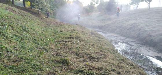Iniciados los trabajos de limpieza de las orillas de los tramos urbanos de los ríos de Redondela