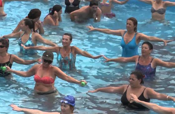 Actividades deportivas nas praias de bandeira azul
