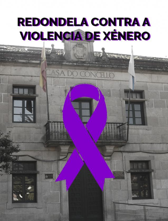 Concentración mensual contra la violencia de género delante del Ayuntamiento