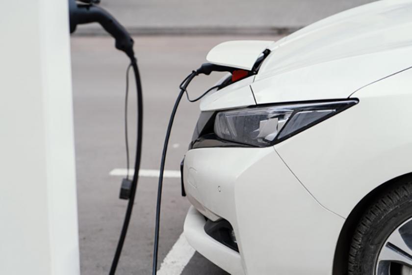 El paseo de la Xunqueira y la Avenida de Vigo contarán con punto de recargo para vehículos eléctricos