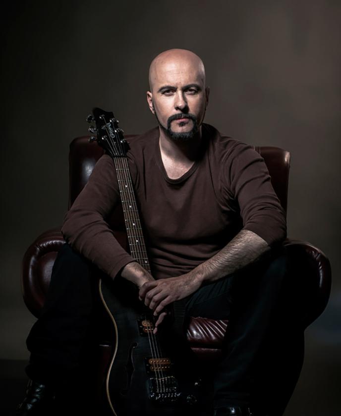 Pedro Andrea, uno de los guitarristas más destacados del panorama musical nacional, actuará el sábado en Redondela